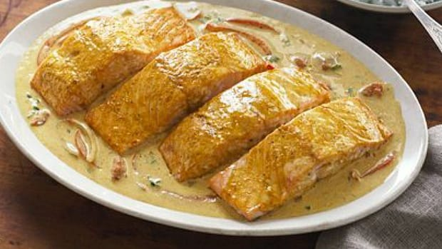 coconut curry salmon.jpg