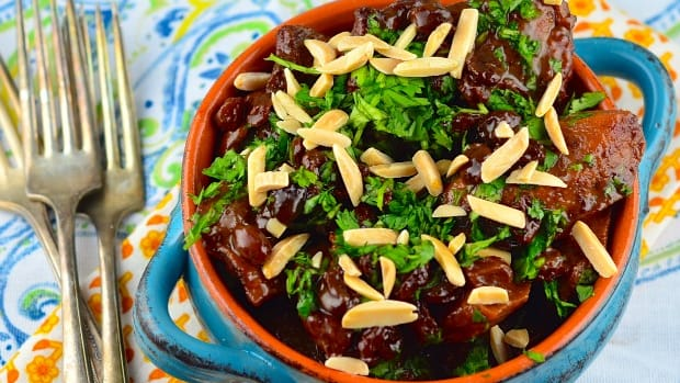 Sephardic chicken and quince