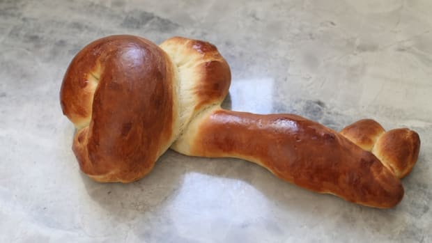 Stills' Key Shaped Challah to symbolize good fortune in the year to come, traditionally made the Shabbat after Passover.