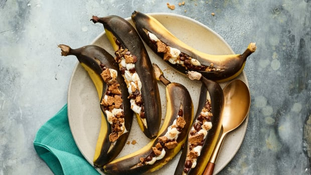 grilled banana boat s'mores