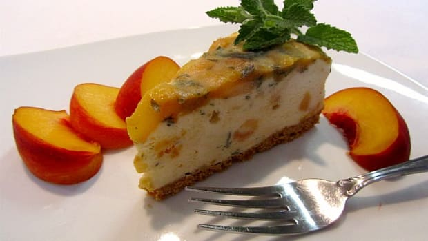 Sauteed Peach Ice Cream Torte