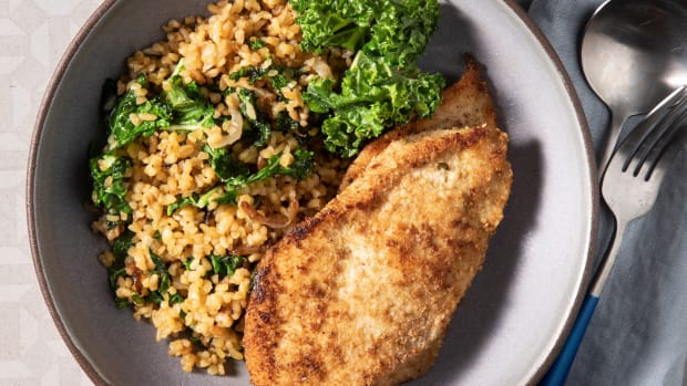 Dukkah Chicken Skillet with Bulgur