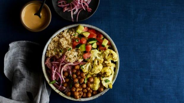 shawarma cauliflower bowl