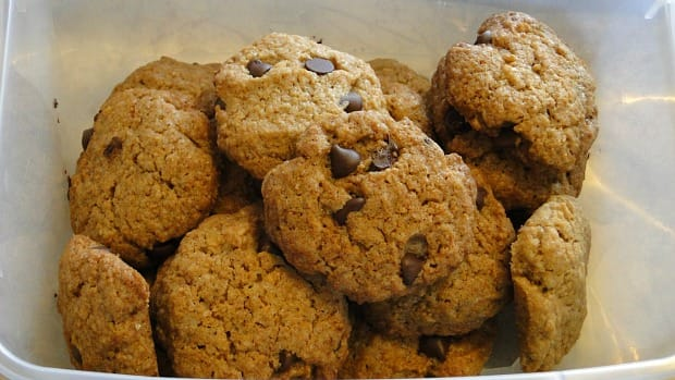 chocolate chip cookies sm