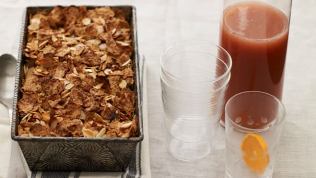 apple-crunch-bread-pudding-and-orange-sunrise-sparkler