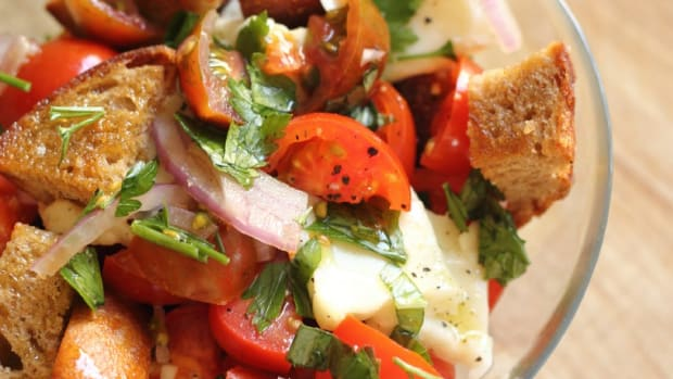 Traditional Tomato Panzanella with Buffalo Mozzarella