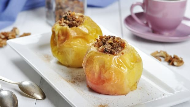 simple baked apple-joyofkosher