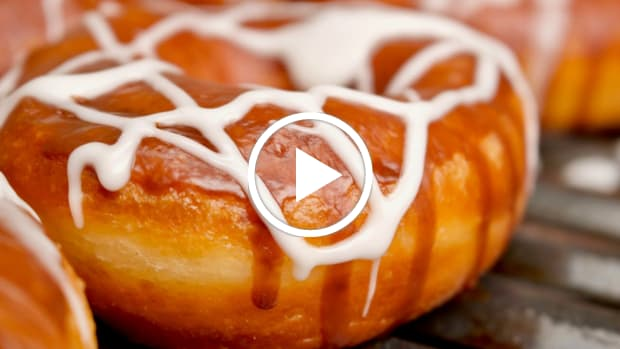 white russian doughnuts featured