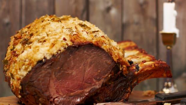 Horseradish rib eye roast