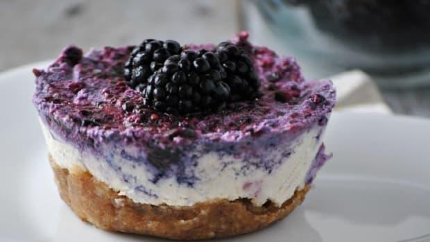 Lemon Blackberry Cashew Cheesecake