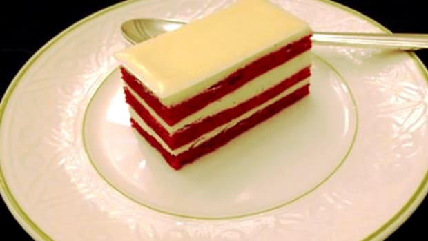 red velvet cake waldorf