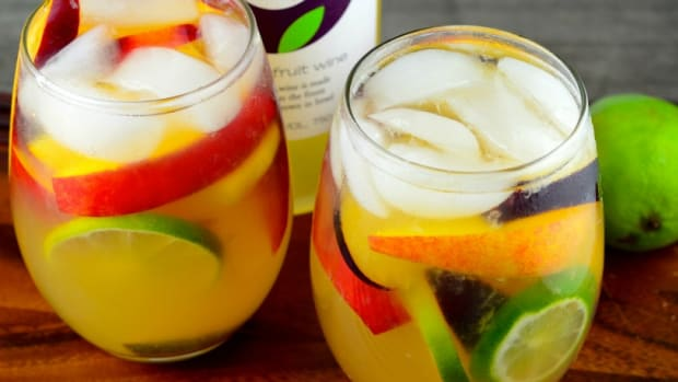 passion fruit wine sangria