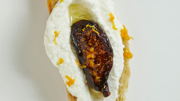 SWEET FIGS AND RICOTTA