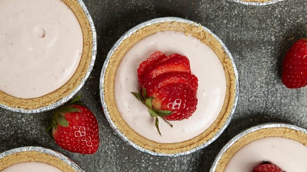 No-Bake Strawberry Cheesecake 82.jpg
