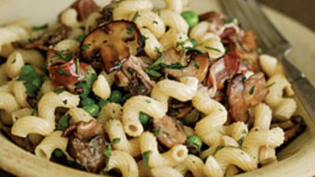 pasta wild mushrooms and greens
