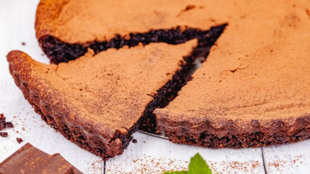 Healthyish Mexican Chocolate Pie