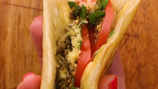 Lachuch sandwich