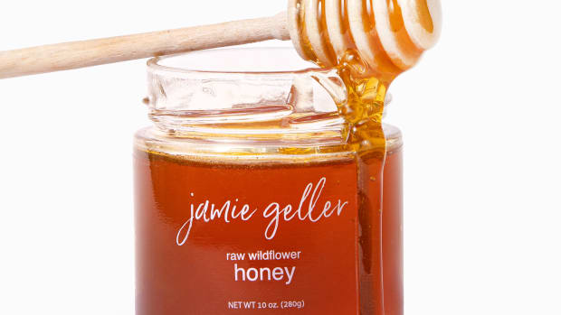 Honey with dripping comb