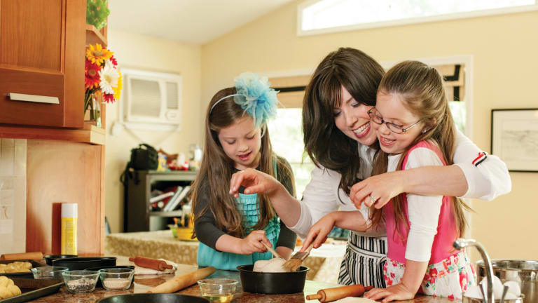 Cooking with Kids: A Complete Guide + 5 recipes