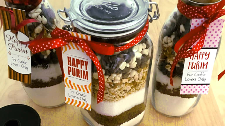 A Complete Cookie Lover's Mishloach Manot Jar: Recipe Plus Printable Tags