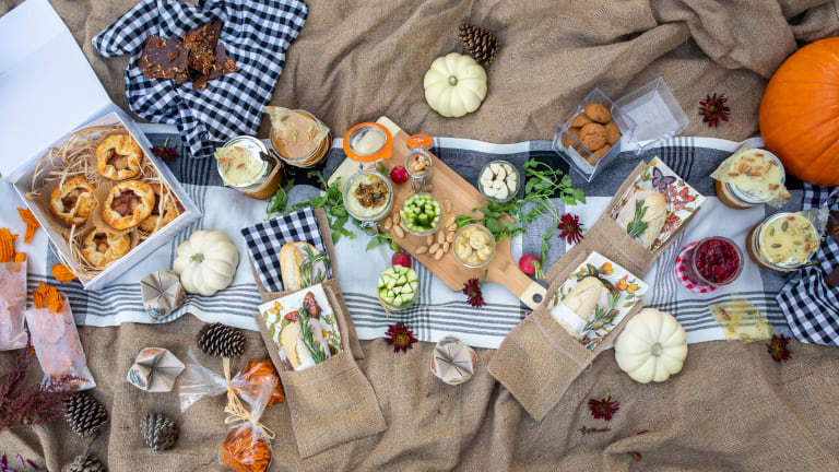 Easy Fall Thanksgiving Picnic