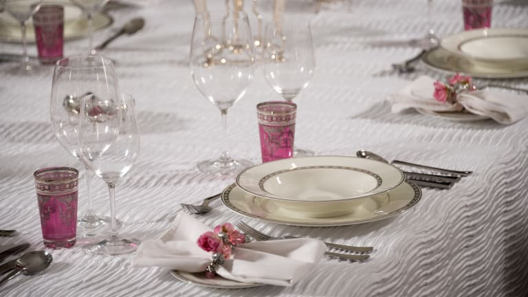 How To Entertain In Style: Setting An Elegant Table
