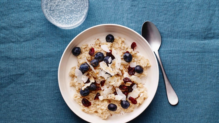 Why and How To Eat Oatmeal Every Day