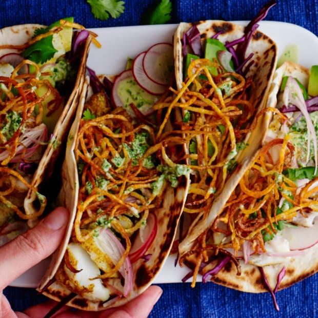 Shawarma fish tacos