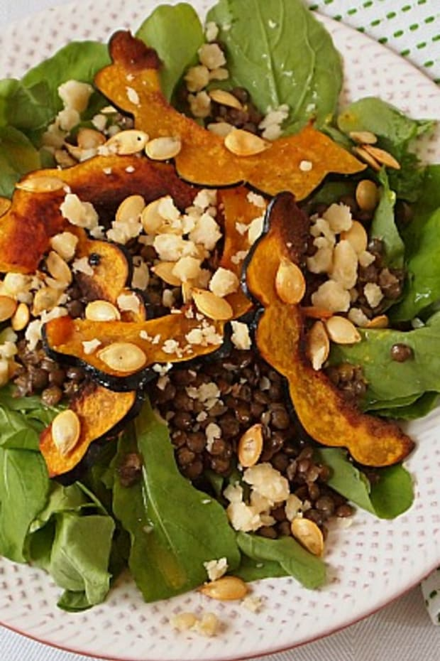 Acorn-Squash-Chips-and-Lentil-Salad