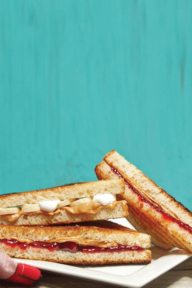 Grilled Peanut Butter Sandwhiches 60.jpg
