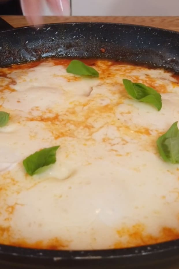 Pizza shakshuka