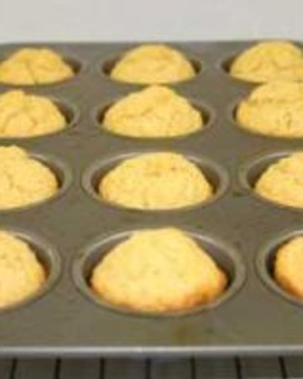 Whole Grain Corn Muffins
