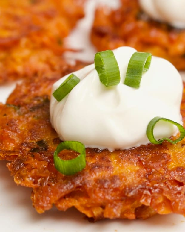 cheesy-sweet-potato-latkes