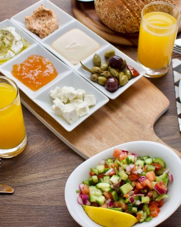 israeli-breakfast-for-two