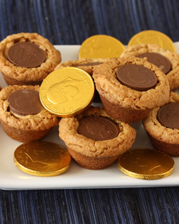 Gelt Filled Peanut Butter Cookies