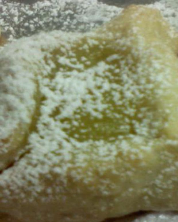 Lemong Meringue Hamantaschen
