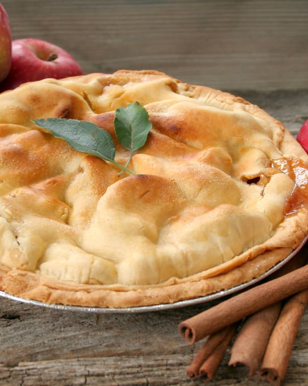 bigstock-Fresh-Apple-Pie-3745667.jpg