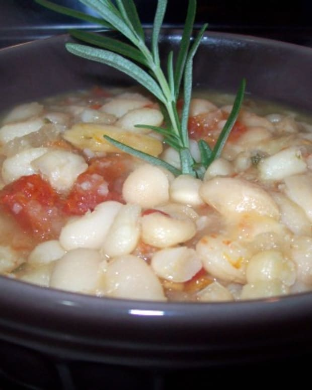 Tuscan White Bean Cholent
