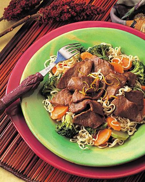 asian-beef-and-broccoli-with-noodles