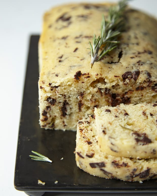 Rosemary Olive Oil Cakewith Dark Chocolate