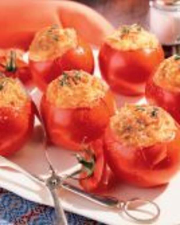 baked-tomatoes-with-cheesy-Idaho-potatoes