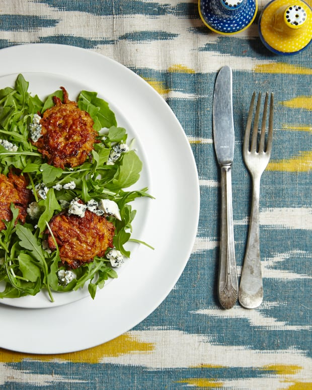 SWEET POTATO LATKE, ARUGULA, AND BLUE CHEESE SALAD WITH HONEY VINAIGRETTE