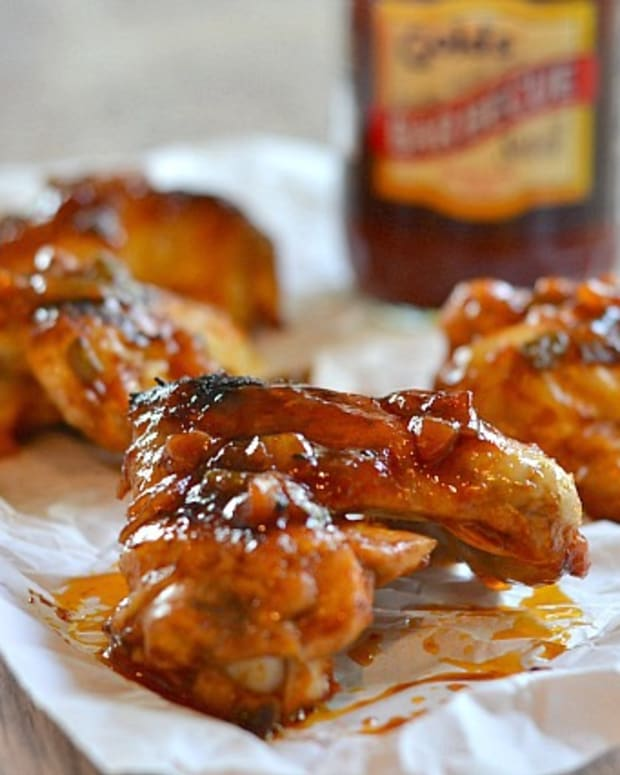 Strawberry Jalapeno BBQ Chicken Wings