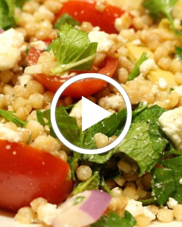 Mediterranean salad with ptitim video
