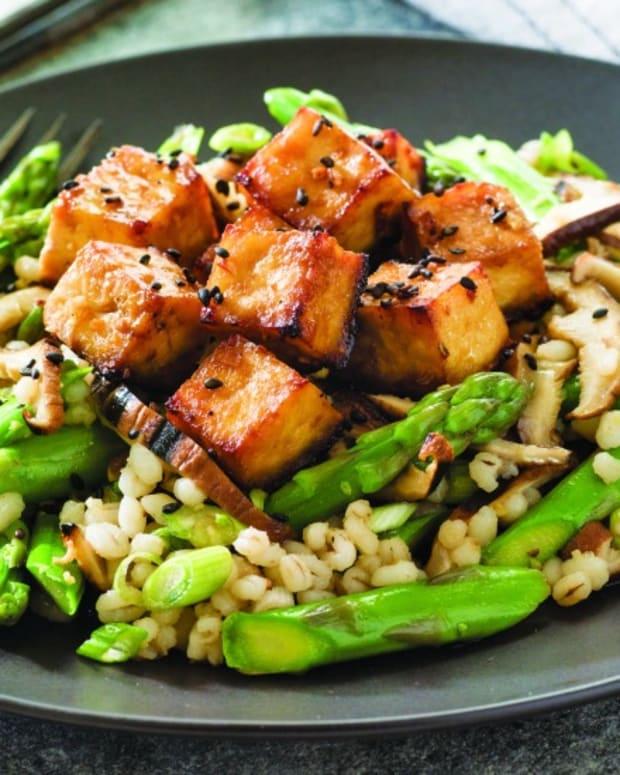 Barley, Asparagus and Mushroom Salad topped with Ginger Tofu