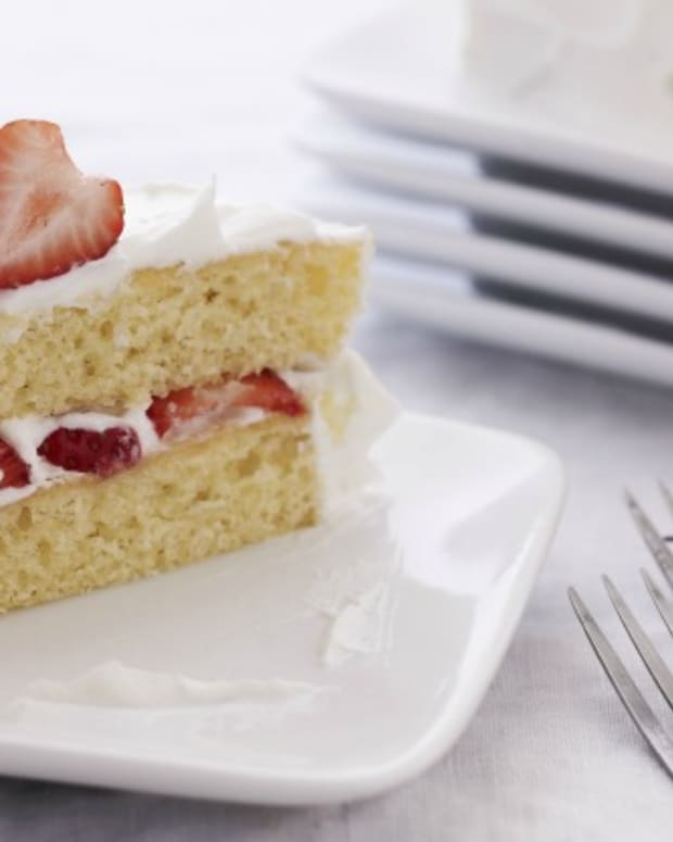 strawberry shortcake with coconut frosting