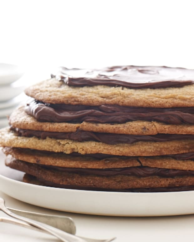 Chocolate chip cookie layer cake for pesach