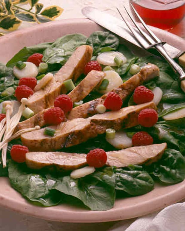 Grilled Turkey Salad with Raspberry Vinaigrette