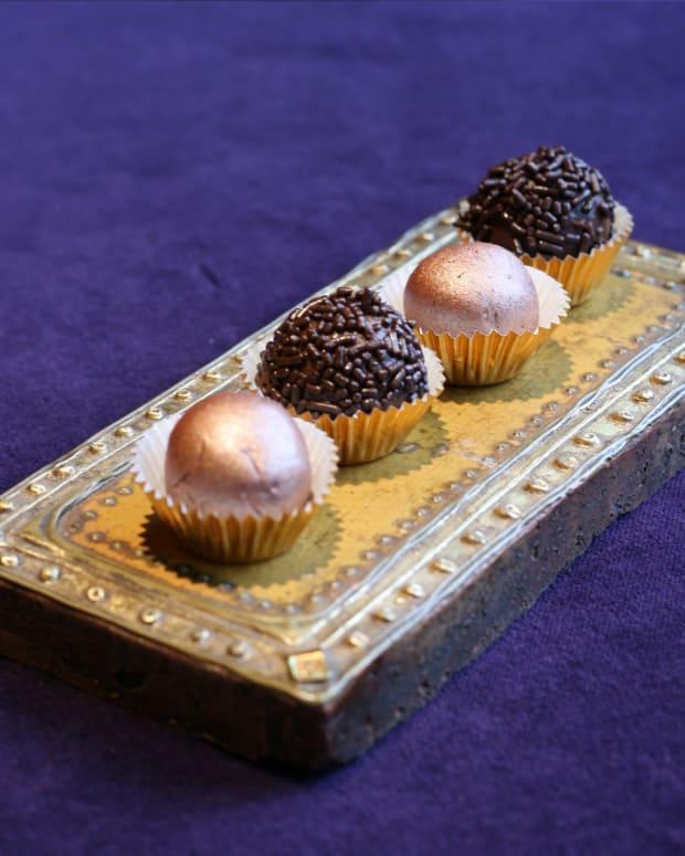 Chocolate Energy Truffles
