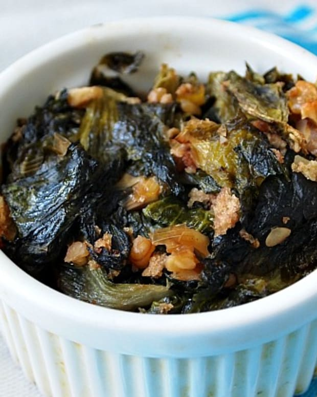 escarole-and-Walnuts